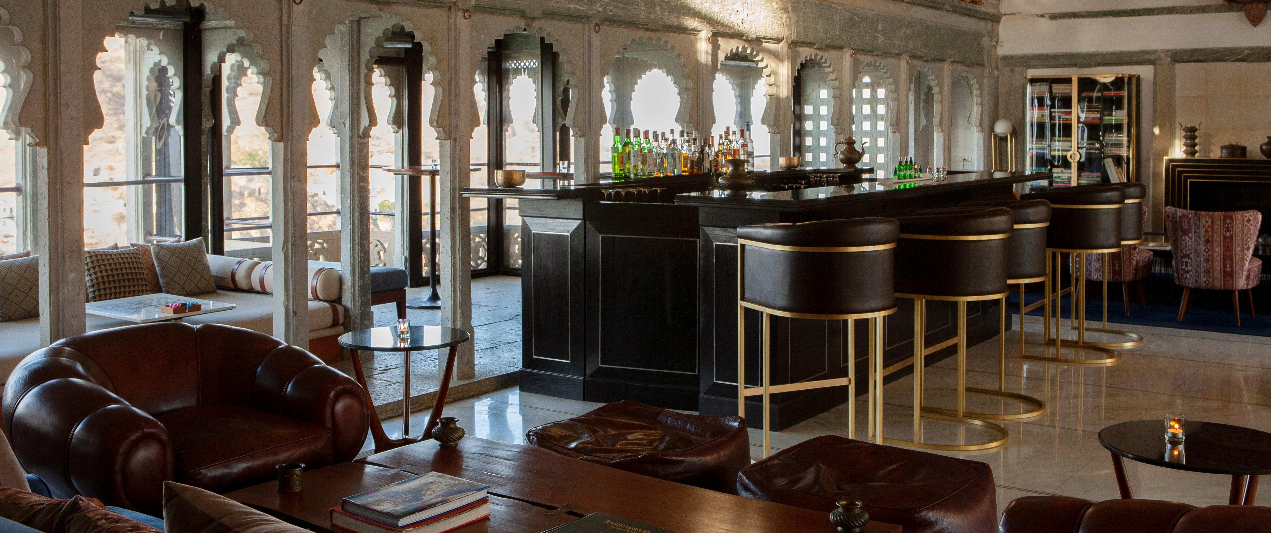 raas-devigarh-Durbar-Bar