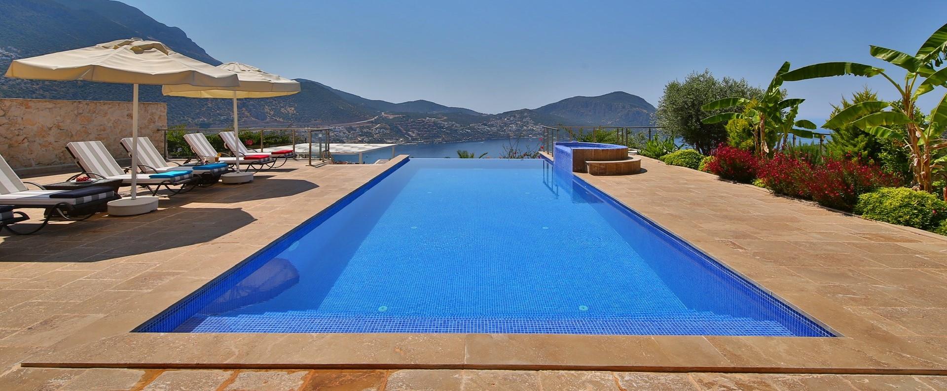 villa-ecrin-kalkan-swimming-pool