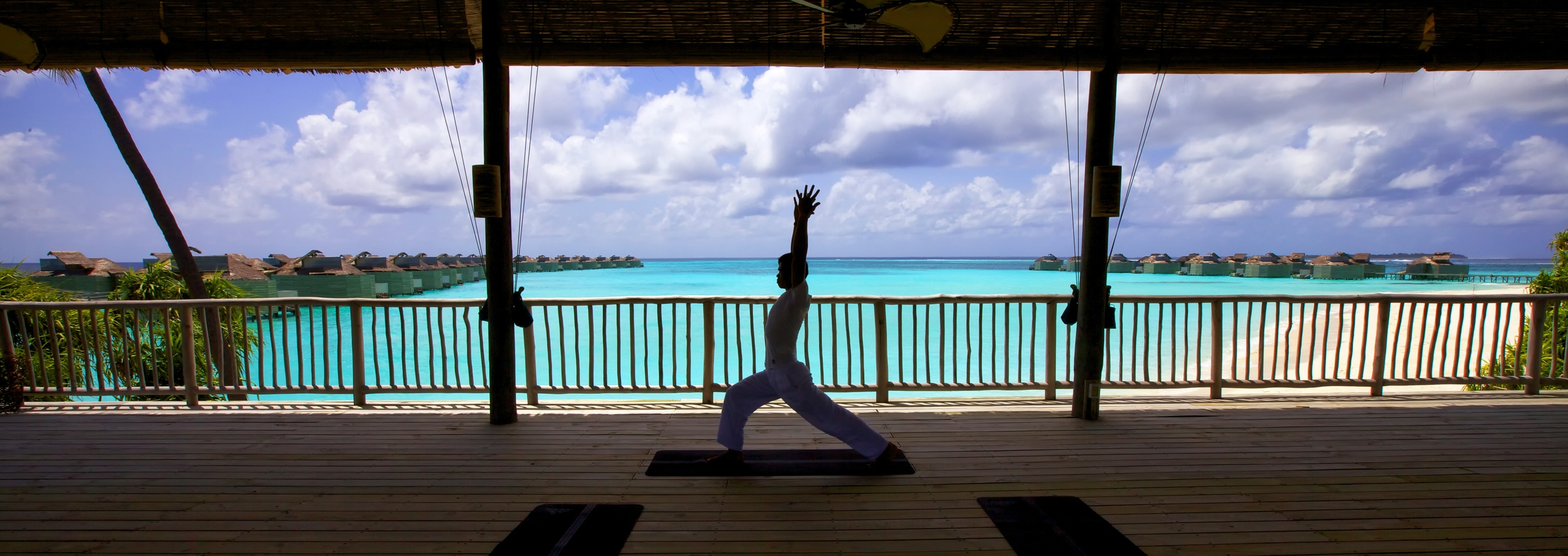 Yoga_at_Six_Senses_Spa