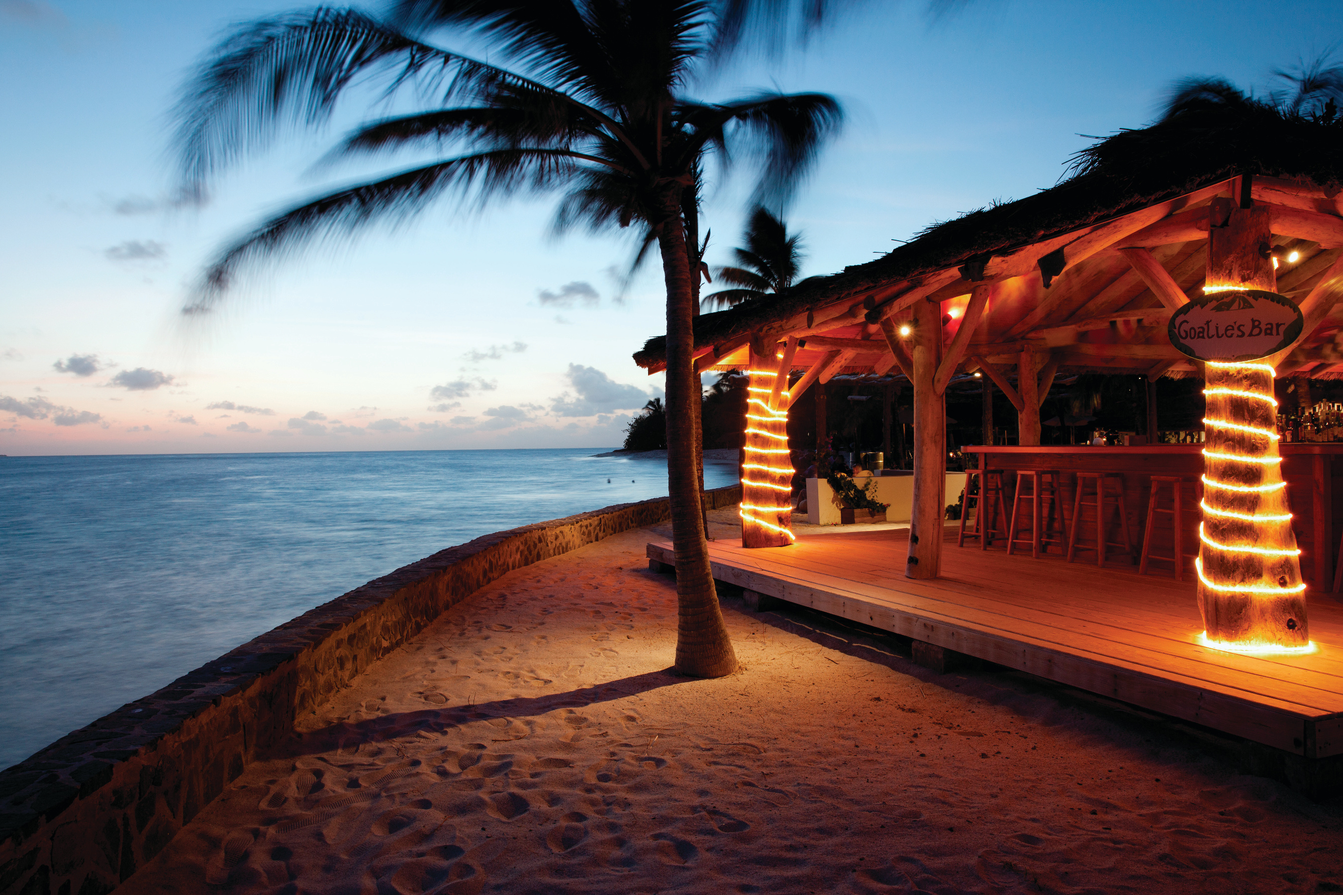 twilight-petit-st-vincent-beach