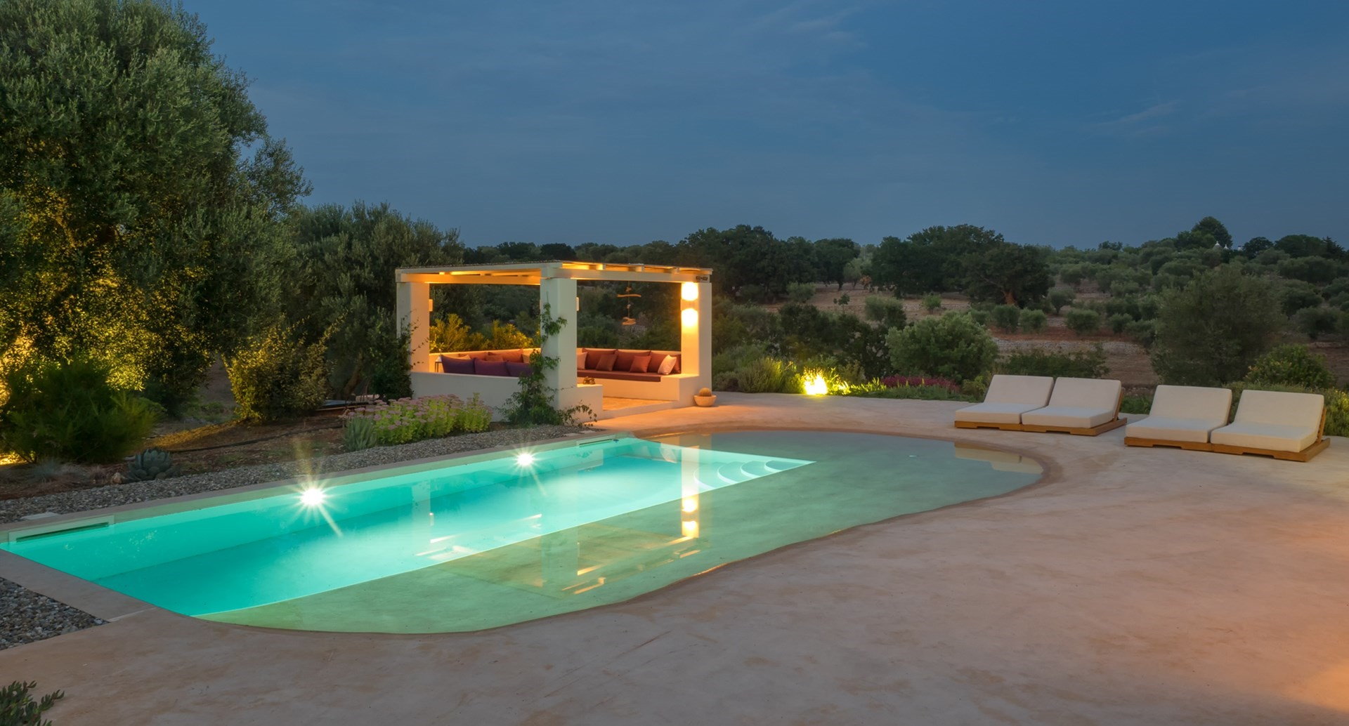 romantic-2-bed-luxury-villa-puglia