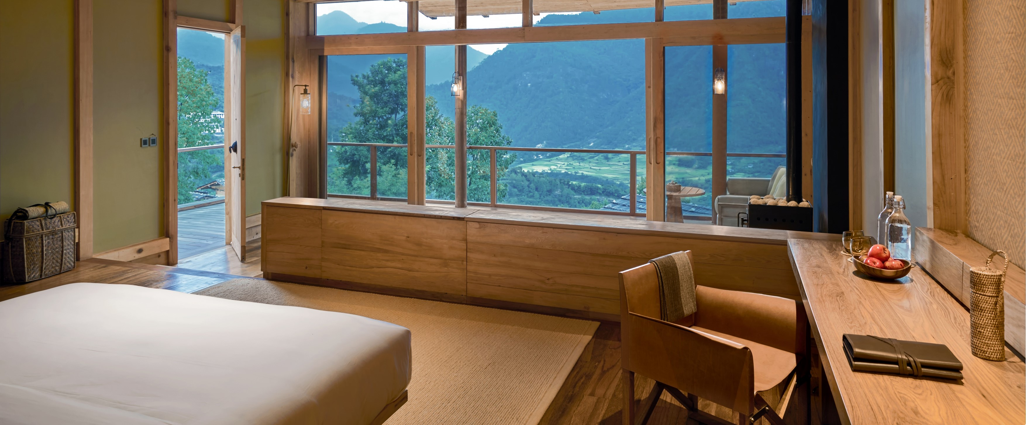 Punakha-Lodge-Suite-Bedroom