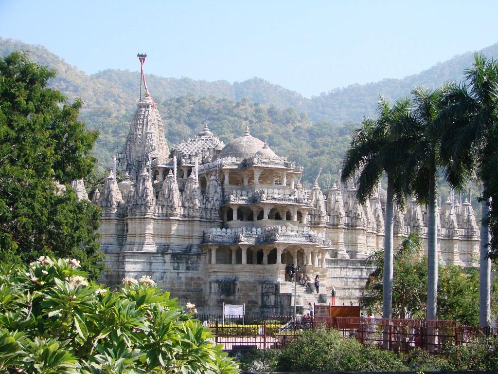 Ranakpur-Chaumukha-Jain-temple