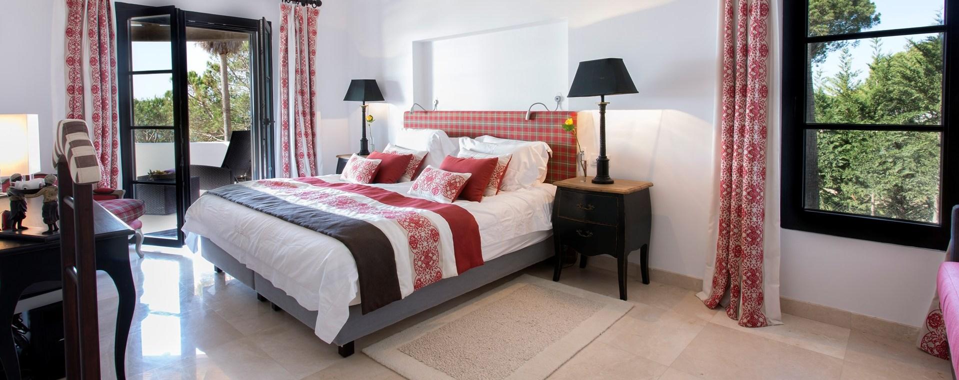 villa-balbina-algarve-bedroom-suite