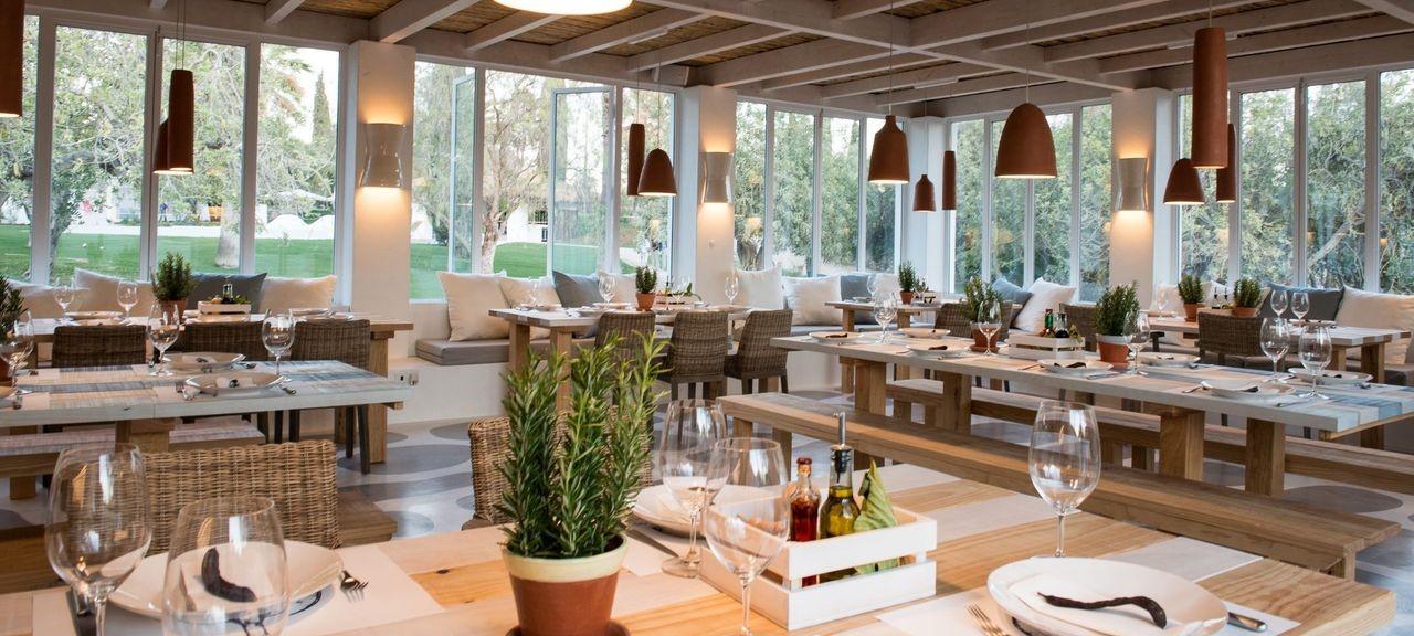 vila-monte-farm-house-terra-restaurant