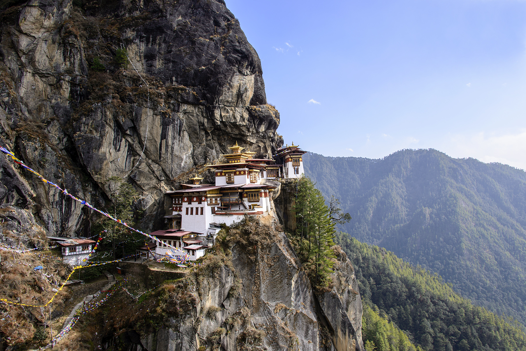 bhutan-tigers-nest-guided-tours