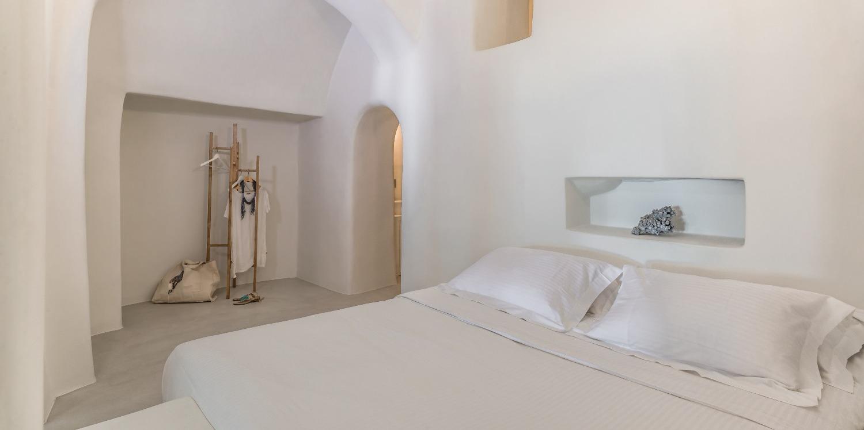 romantic-one-bedroom-villa-santorini