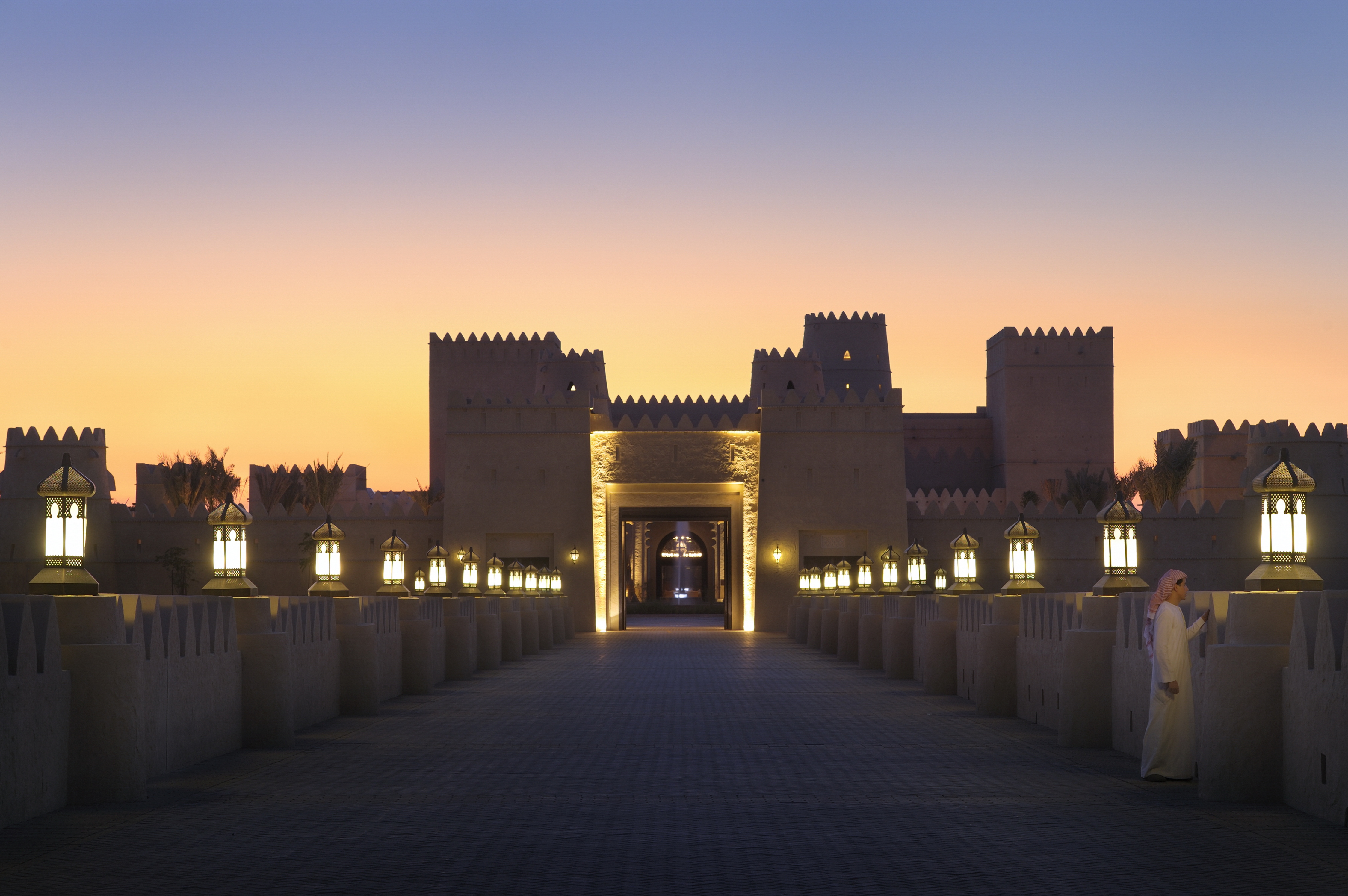 qasr-al-sarab-exterior