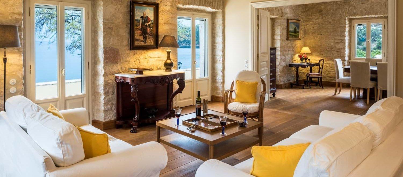 luxury-corfu-beach-villa-corfu