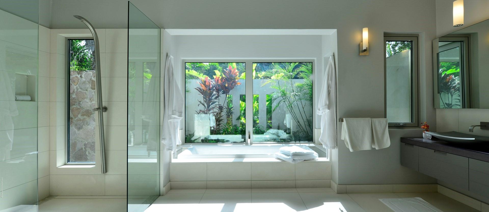 retreat-villa-nevis-bedroom-suite-1