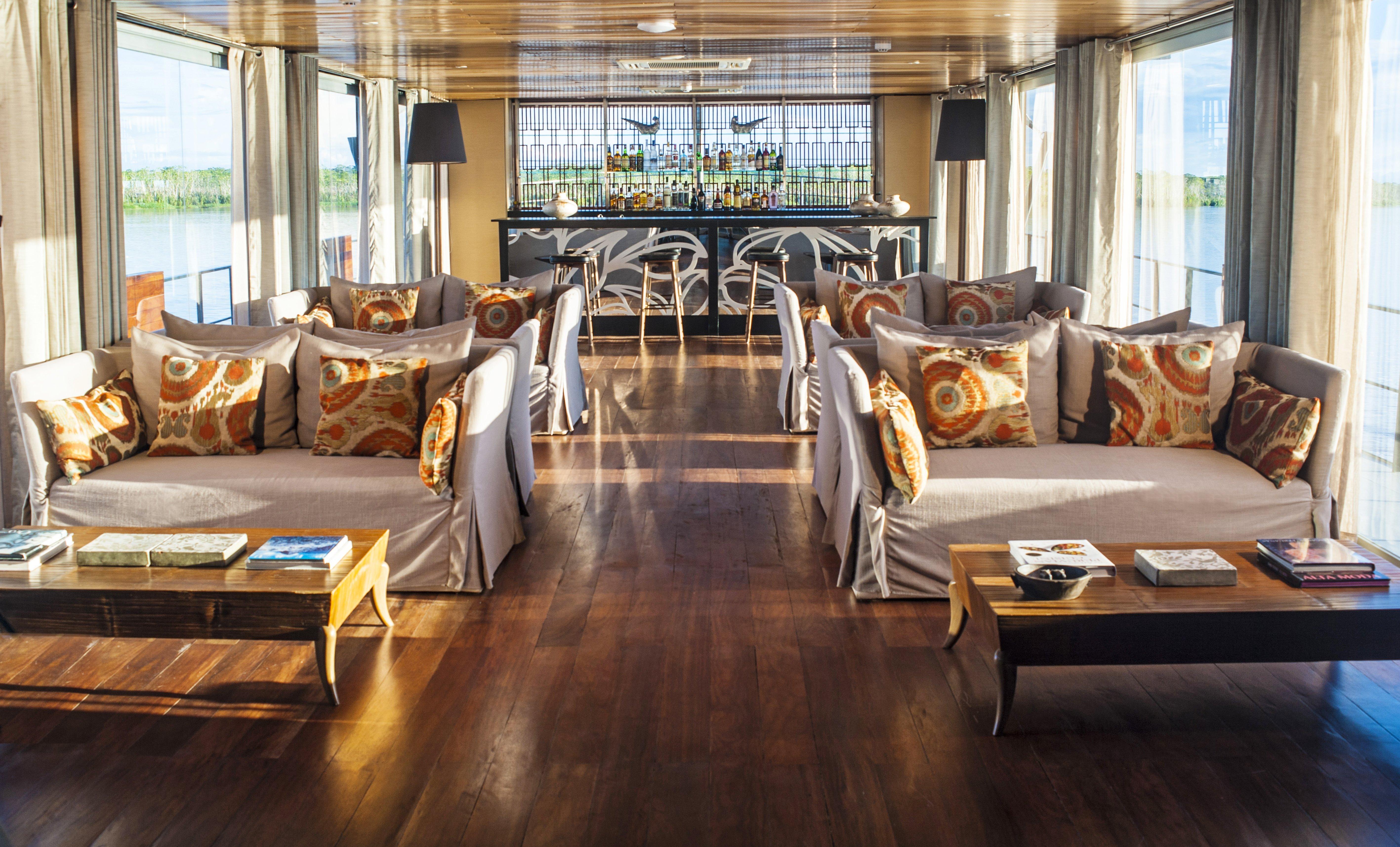 aria-amazon-lounge