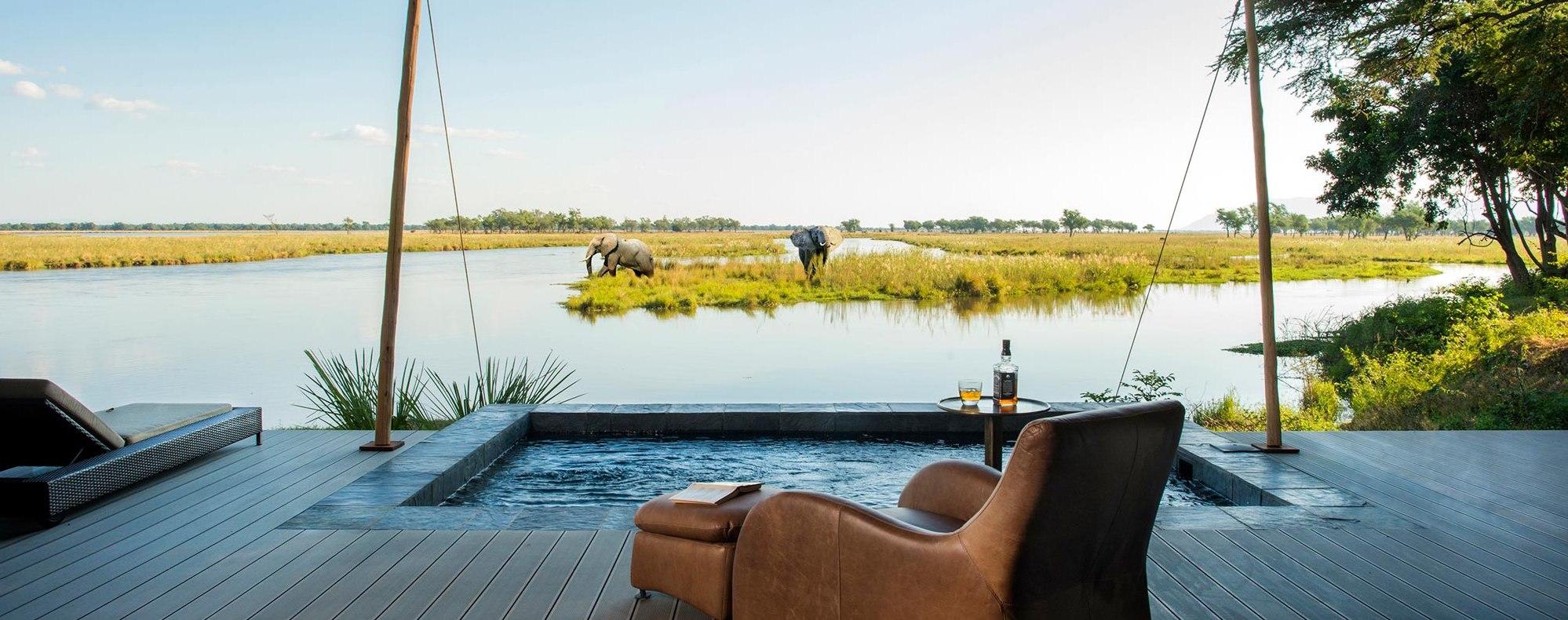 sausage-tree-camp-luxury-suite-view