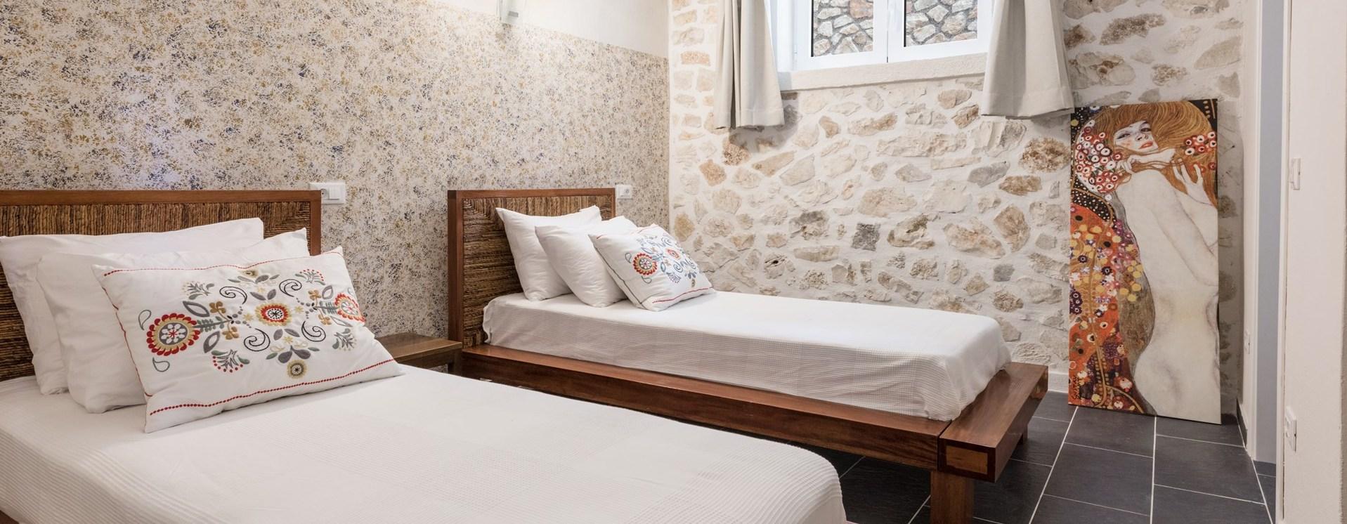 villa-pandora-twin-bedroom1