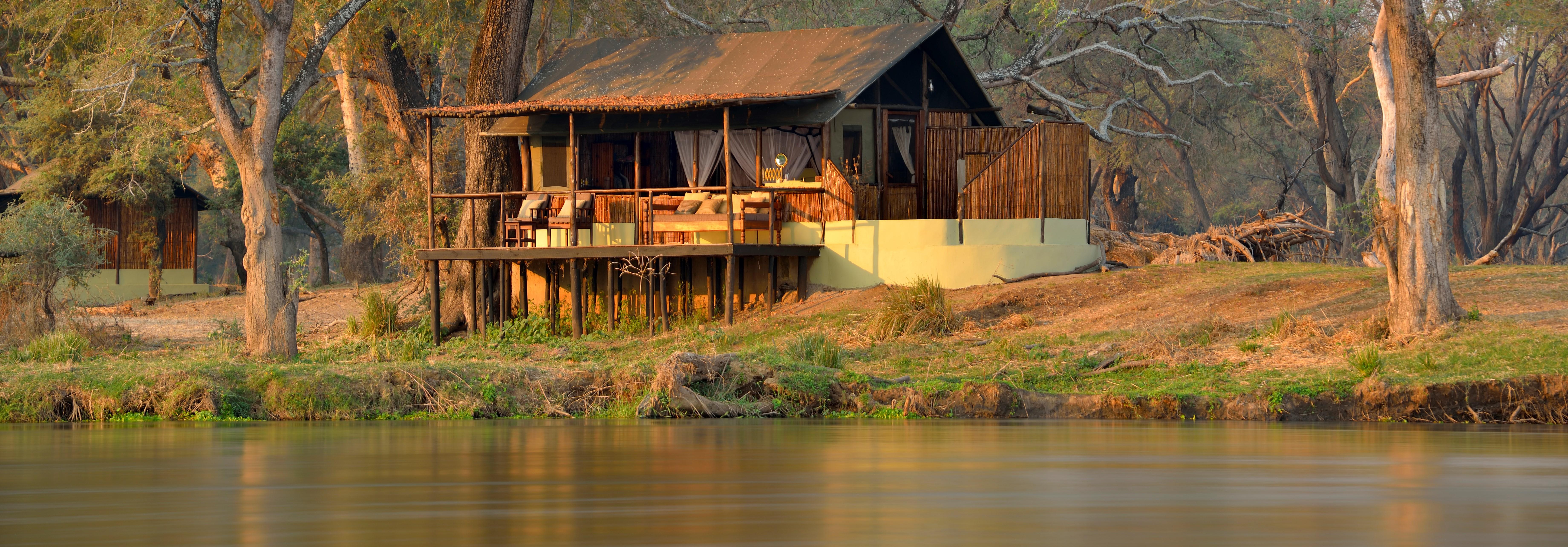 old-mondoro-lower-zambezi-zambia