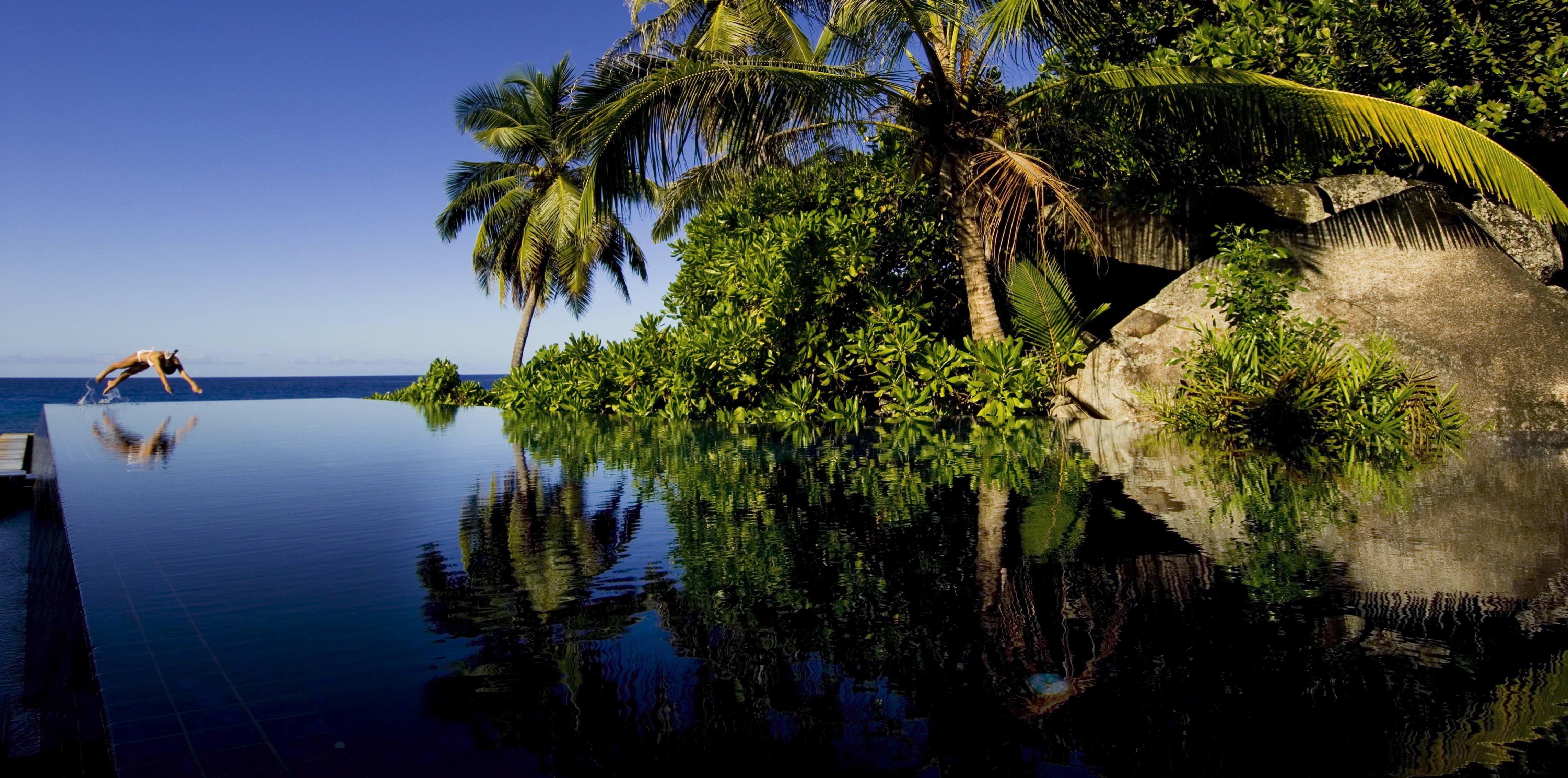banyan-tree-seychelles-main-pool