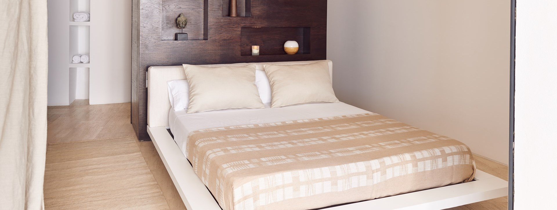 villa-can-castello-double-bedroom4