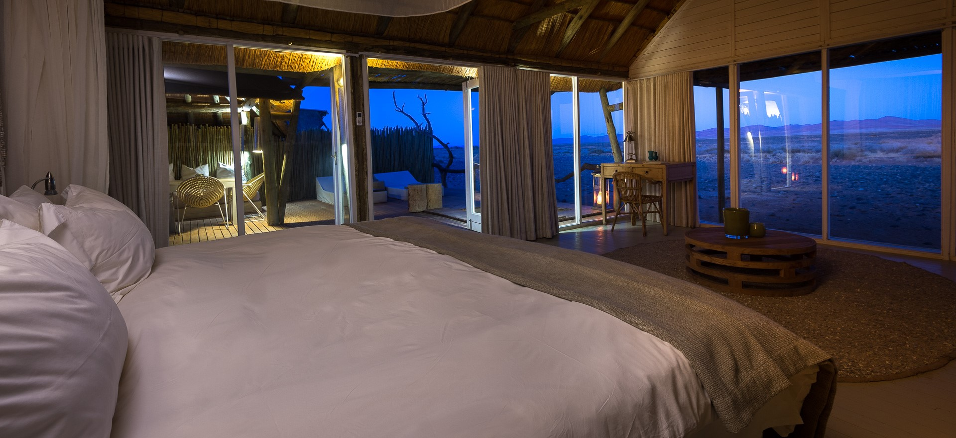 little-kulala-lodge-villa-bedroom