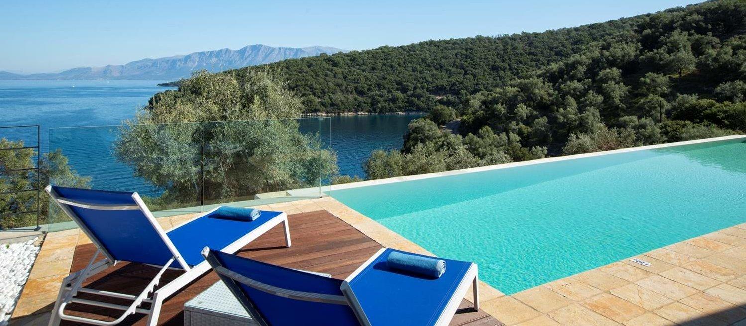 luxury-contemporary-family-villa-meganis
