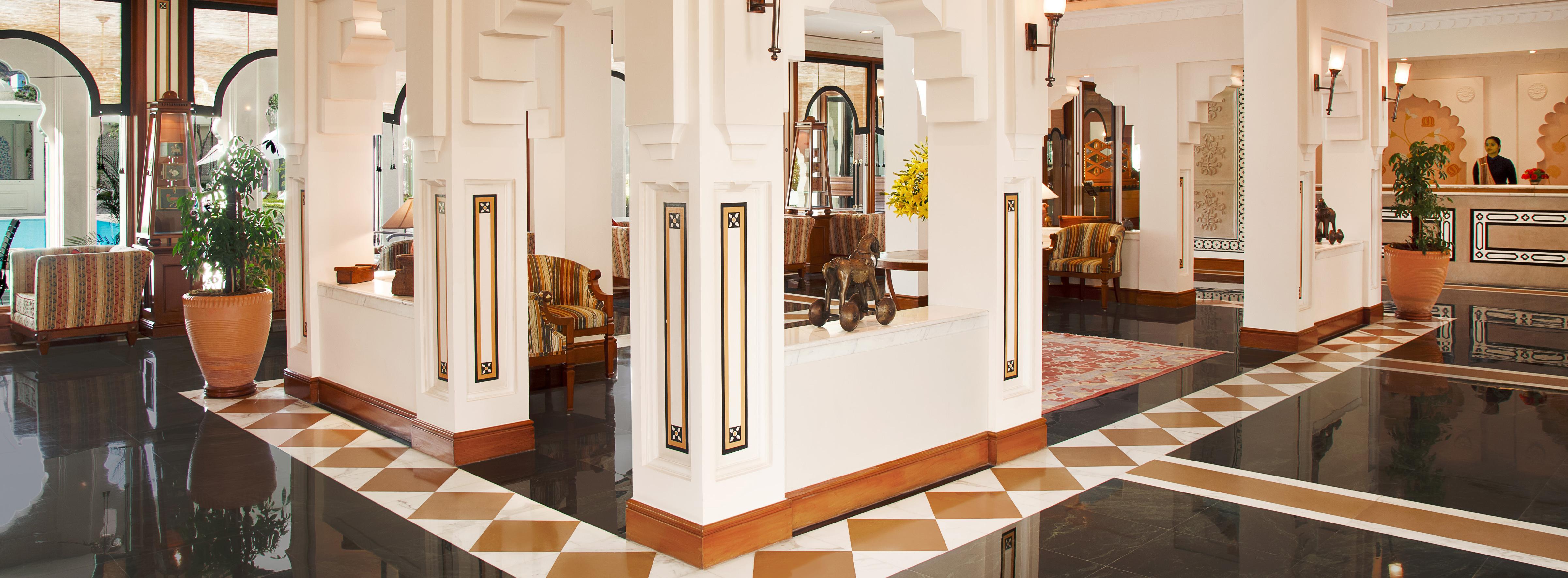 the-trident-jaipur-lobby
