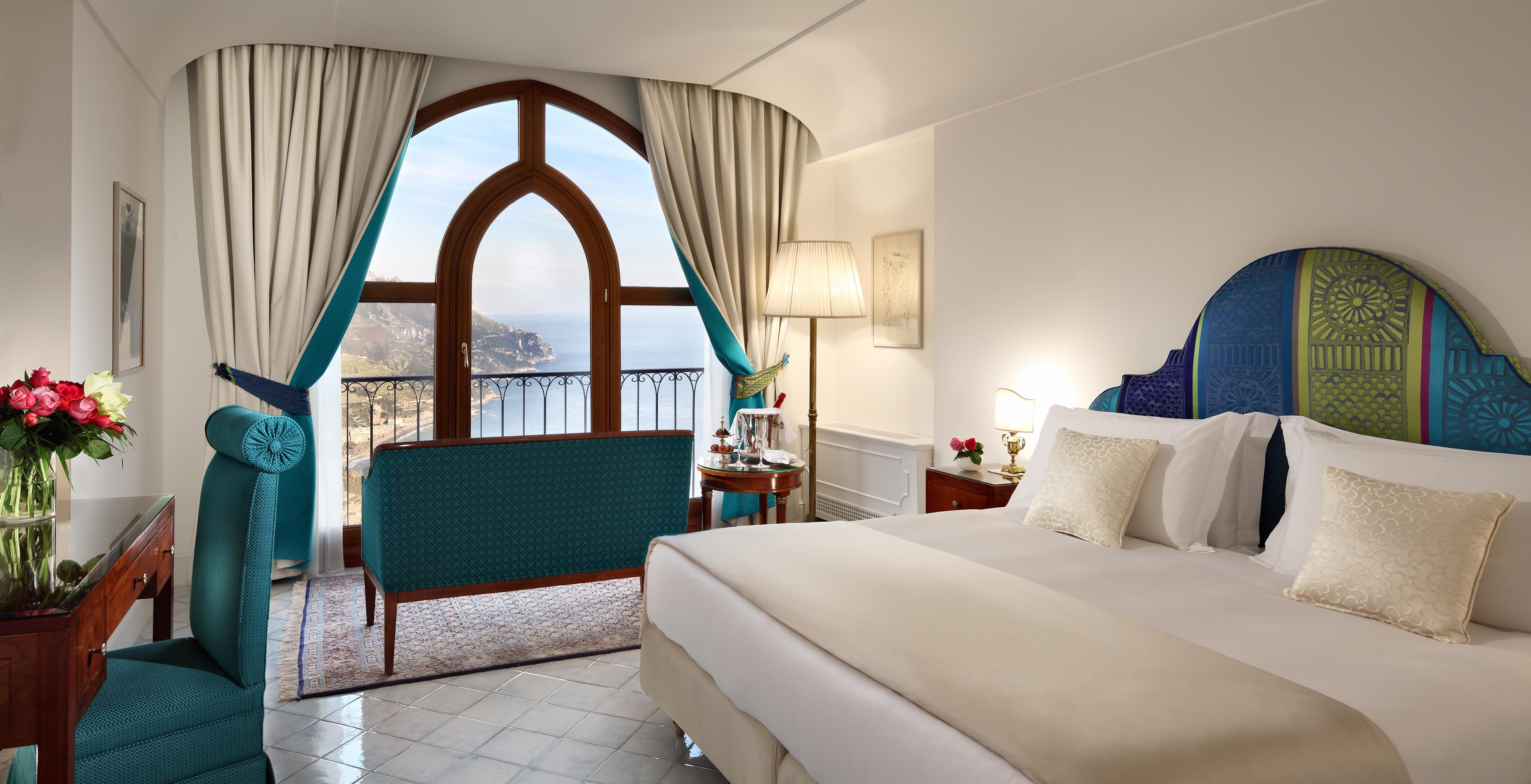 palazzo-avino-deluxe-sea-view-room-3