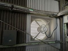 大型有圧換気扇 設置工事