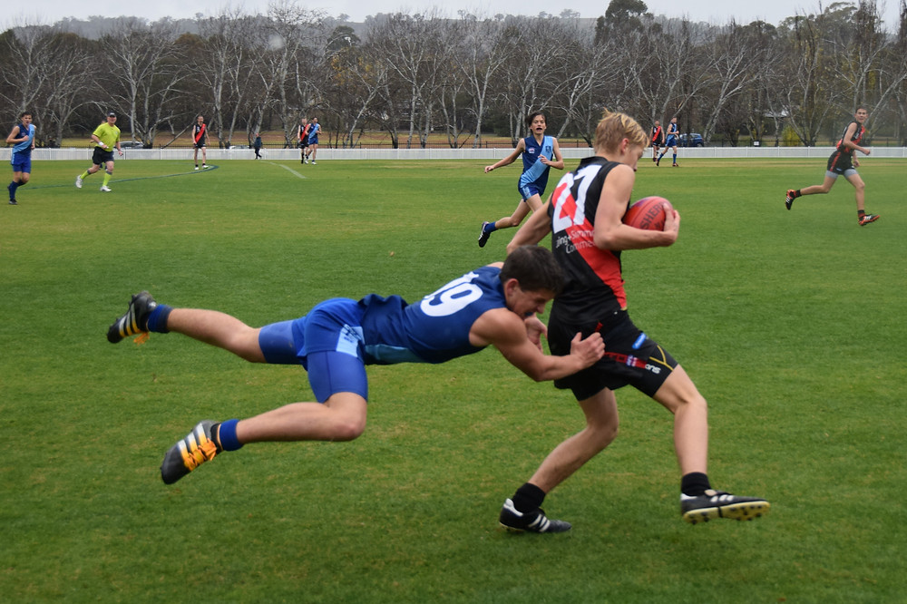 Hard running defender Daniel Andric shows true MAFC desperation to lay a tackle