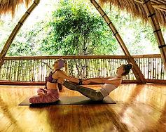Bisa-pilih-mentor-yoga-1024x814.jpg