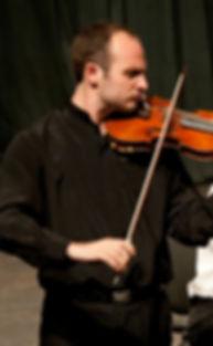 violinist Regi Álexandros Papa