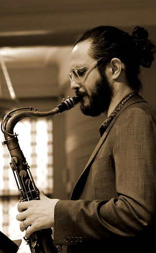 Lucas Pino, tenor sax