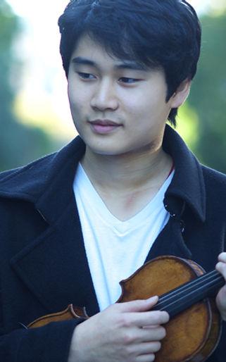 violinist In Mo Yang