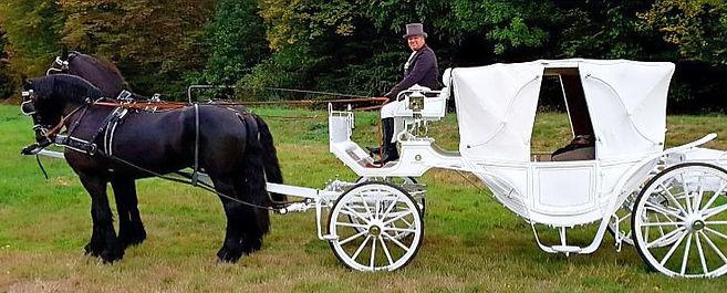 Weiße Hochzeitskutsche Conrads
