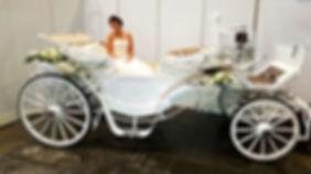 weiße Hochzeitskutsche