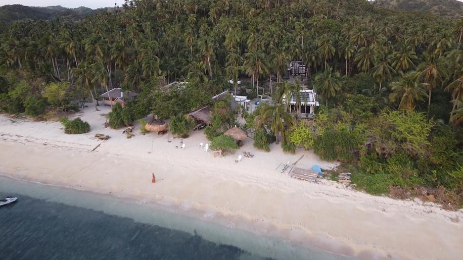 Pili-Beach-Background-min.jpg