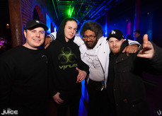 Veil & Ikarus of Combine (UK) in the house with Ashanti in the middle!