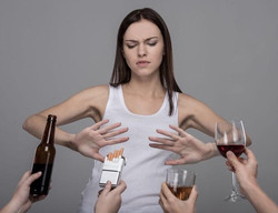 girl refusing alcohol