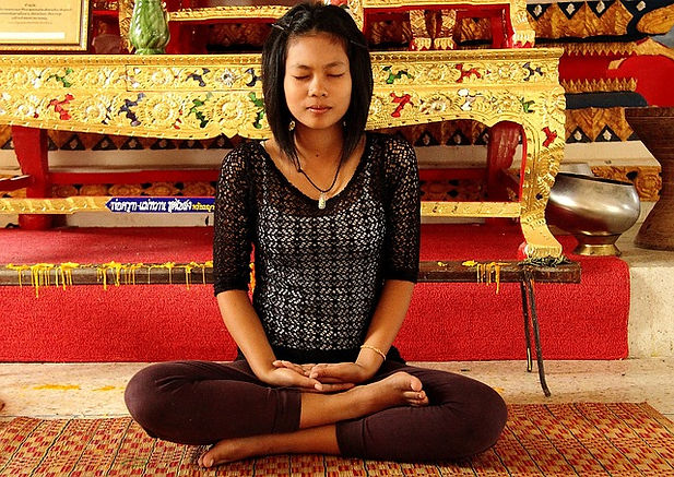 meditation-asian-woman_640.jpg