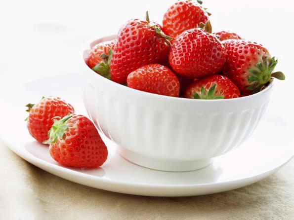 fresh strawberries, strawberries