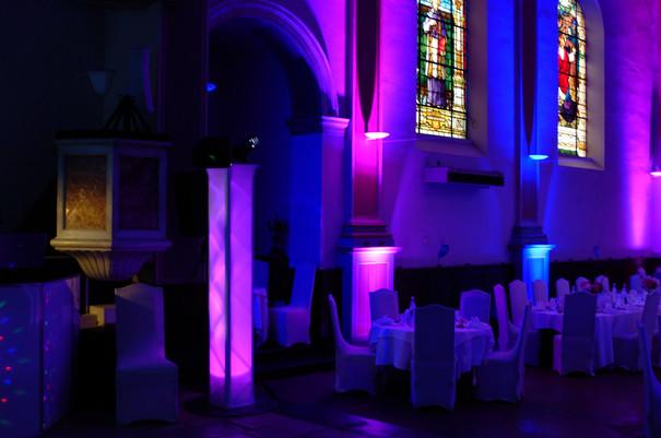 Eclairages sur les piliers de la nef