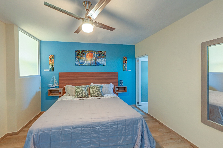 Honey moon suite king bed
