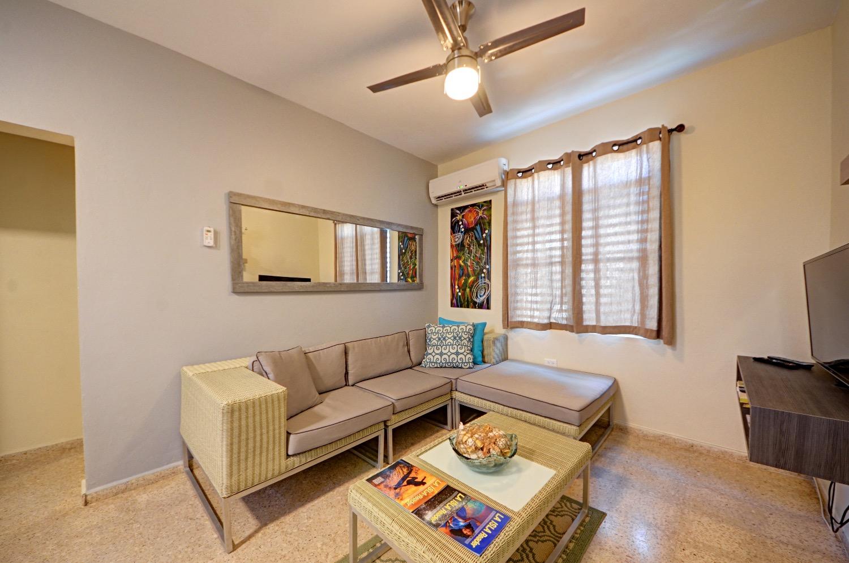 Unit 3 livingroom