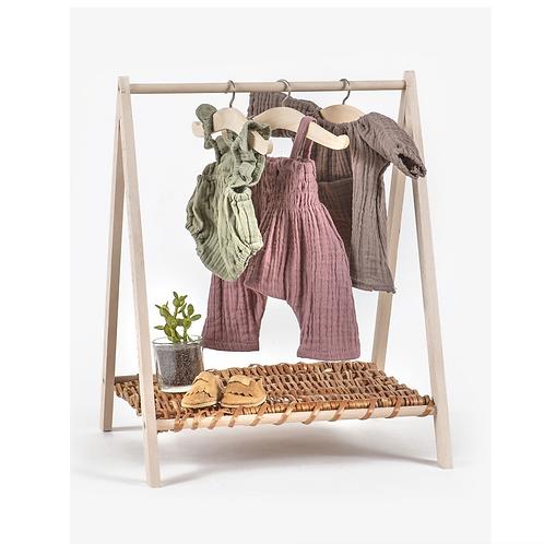 Puppenkleiderständer aus Naturholz