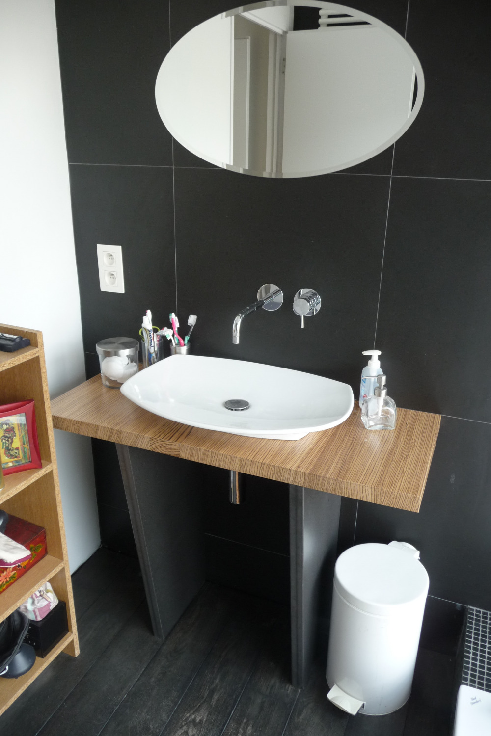 Zebrano washbasin table