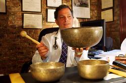 Médico utiliza Terapia de Som