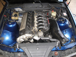 E36M ENGINE BAY