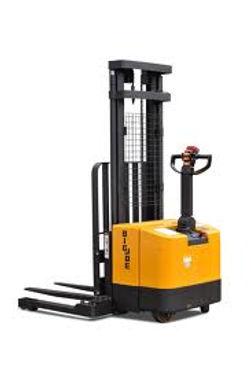 training on lifting equipment in polish, polish forklift instructor