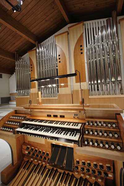 console and pipes angel from right wider.jpg