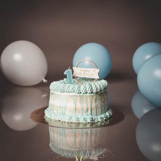 séance photos smash the cake bébé 1 an