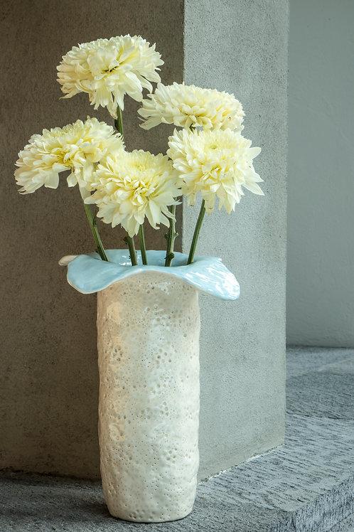 Florero flor azul
