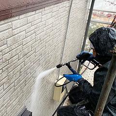 外壁の洗浄作業