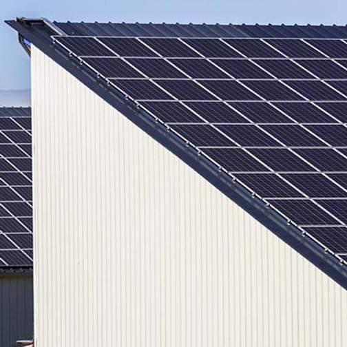 EMC Tipsar: Bättre utnyttjande av tak och andra fasadytor för ökad solenergiproduktion   Länsstyrelsen